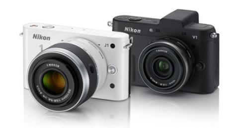 nuove nikon mirrorless V1 e J1